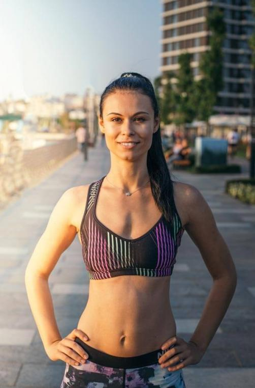 Female Head Coach Tea - Personal Trainer Dubai
