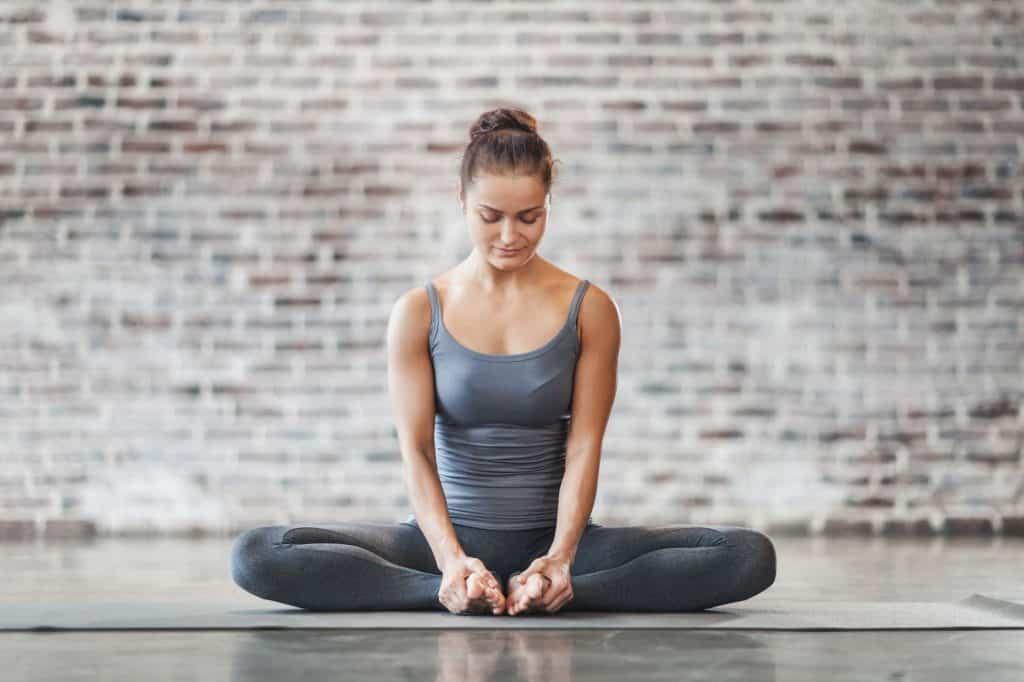 Personal Trainer Dubai Excercising Yoga