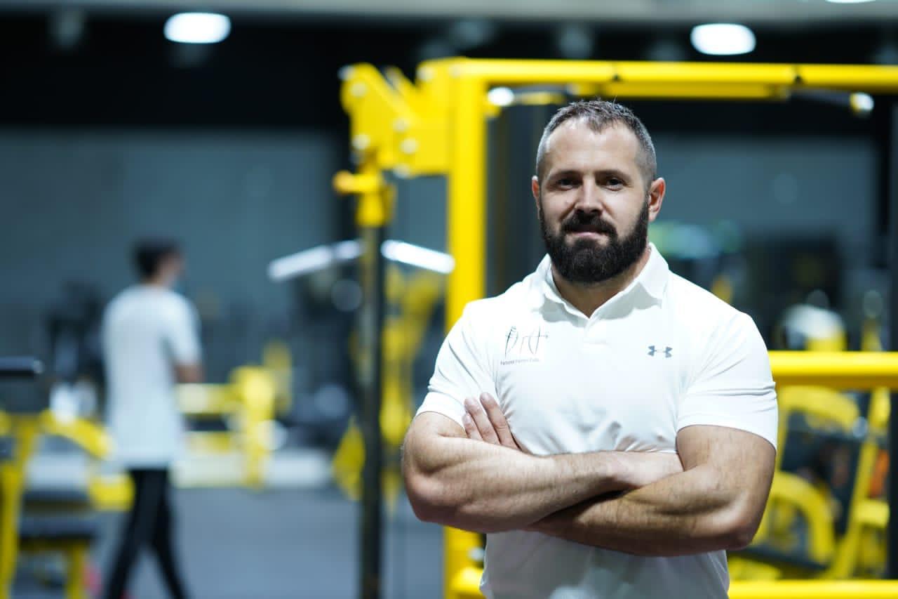 Personal trainers Dubai Tomas